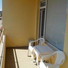 Отель Guest House Apostolovi Болгария, Равда - отзывы, цены и фото номеров - забронировать отель Guest House Apostolovi онлайн балкон
