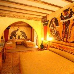 Roman Boutique Hotel 3* Стандартный семейный номер с двуспальной кроватью фото 7