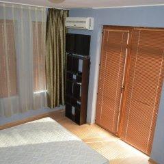 Отель Green Valley Guest Houses & SPA сейф в номере