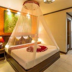 Tanawan Phuket Hotel 3* Улучшенный номер с двуспальной кроватью