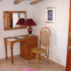 Отель Almond Reef Casa Rural удобства в номере