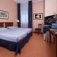 Отель Villa Eur Parco Dei Pini 3* Стандартный номер с двуспальной кроватью фото 9