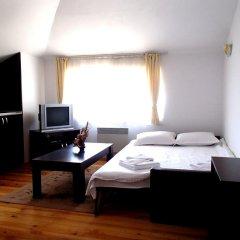 Апартаменты Four Leaf Clover Apartments Студия с различными типами кроватей фото 8