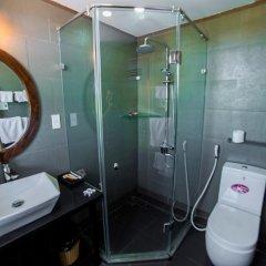 Отель Hoang Dao Villa 3* Номер Делюкс с двуспальной кроватью фото 6