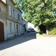 Отель La Gomerie Chambres d'Hotes Франция, Сент-Эмильон - отзывы, цены и фото номеров - забронировать отель La Gomerie Chambres d'Hotes онлайн парковка