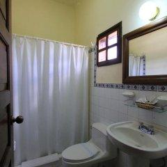 Отель Plaza Copan Гондурас, Копан-Руинас - отзывы, цены и фото номеров - забронировать отель Plaza Copan онлайн ванная фото 2