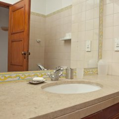 Отель Vilamoura Apartment with Pool Португалия, Картейра - отзывы, цены и фото номеров - забронировать отель Vilamoura Apartment with Pool онлайн ванная