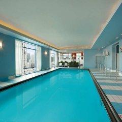 Отель Hilton Suites Chicago/Magnificent Mile бассейн