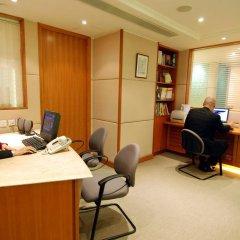 Отель Wharney Guang Dong Hong Kong 4* Улучшенный номер с различными типами кроватей фото 3