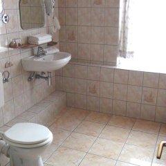 Отель Hotelpension Margrit 2* Стандартный номер с различными типами кроватей (общая ванная комната) фото 4