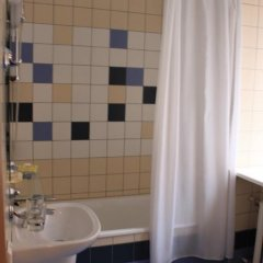 Гостиница Москва 3* Стандартный номер с двуспальной кроватью фото 4