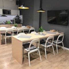 Отель Sleep in Hostel & Apartments Польша, Познань - отзывы, цены и фото номеров - забронировать отель Sleep in Hostel & Apartments онлайн питание