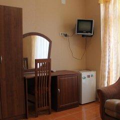 Гостиница Домик на Акациях в Сочи 5 отзывов об отеле, цены и фото номеров - забронировать гостиницу Домик на Акациях онлайн удобства в номере