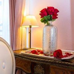 Отель Eiffel Trocadéro 4* Улучшенный номер с различными типами кроватей фото 2