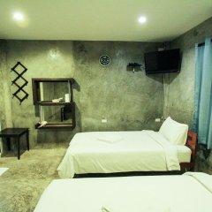 Отель At smile house 2* Стандартный семейный номер с двуспальной кроватью фото 2