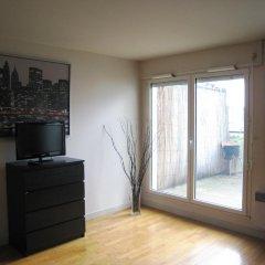 Отель Lappe Terrasse Apartment Франция, Париж - отзывы, цены и фото номеров - забронировать отель Lappe Terrasse Apartment онлайн комната для гостей фото 2