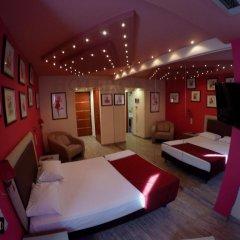 Carol Hotel 2* Люкс с разными типами кроватей фото 15