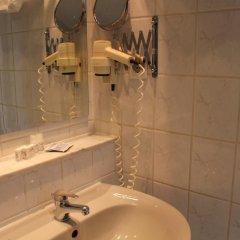 Hotel Kunibert der Fiese 3* Стандартный номер с двуспальной кроватью фото 7