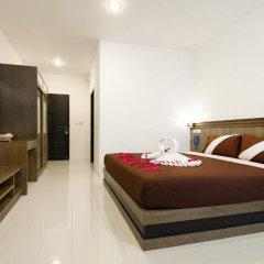 M.U.DEN Patong Phuket Hotel 3* Улучшенный номер двуспальная кровать фото 2