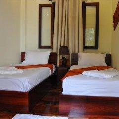 Отель Villa Somphong 2* Номер Делюкс с 2 отдельными кроватями фото 12