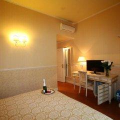 Отель B&B Relais Tiffany 3* Стандартный номер с различными типами кроватей фото 5