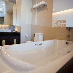 Отель Royal Thai Pavilion Hotel Таиланд, Паттайя - отзывы, цены и фото номеров - забронировать отель Royal Thai Pavilion Hotel онлайн ванная фото 3