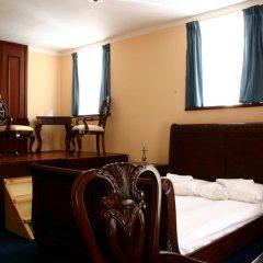 Отель Prague Golden Age Номер с общей ванной комнатой фото 22