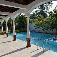 Отель Lucas Memorial Шри-Ланка, Косгода - отзывы, цены и фото номеров - забронировать отель Lucas Memorial онлайн бассейн фото 3