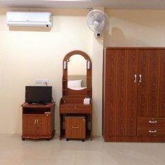 Отель Wattana Bungalow Улучшенный номер с различными типами кроватей фото 4