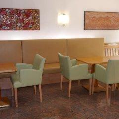 Отель DEUTSCHMEISTER Вена гостиничный бар