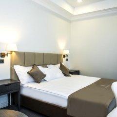 Отель Амбассадор 4* Стандартный номер с двуспальной кроватью фото 4