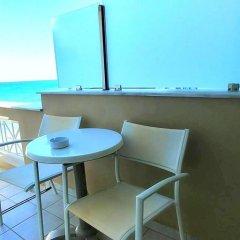 Отель Al Mare Hotel Греция, Закинф - отзывы, цены и фото номеров - забронировать отель Al Mare Hotel онлайн гостиничный бар