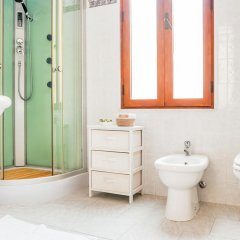 Отель Buen Aire B&B Cagliari ванная фото 2