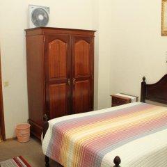 Отель Alojamento local Ideal 2* Стандартный номер с двуспальной кроватью (общая ванная комната) фото 2