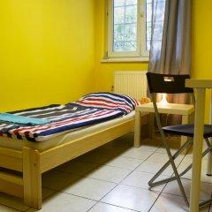 Хостел Seven Prague Номер с общей ванной комнатой с различными типами кроватей (общая ванная комната) фото 30