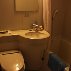 Отель Shingu Central Hotel Япония, Начикатсуура - отзывы, цены и фото номеров - забронировать отель Shingu Central Hotel онлайн ванная