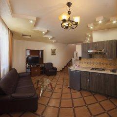 Alpina Hotel в номере