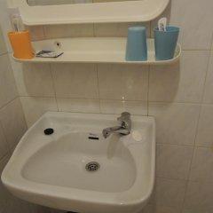 Dien Luc Hotel 2* Стандартный номер с различными типами кроватей фото 8
