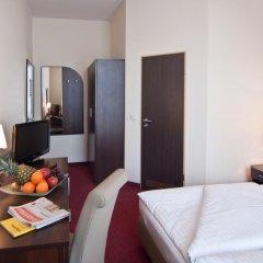 Novum Hotel Eleazar City Center 3* Стандартный номер двуспальная кровать фото 11