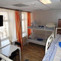 Люси-Отель Кровать в мужском общем номере с двухъярусной кроватью фото 3