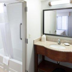 Отель Hampton Inn & Suites Tulare 2* Стандартный номер с различными типами кроватей