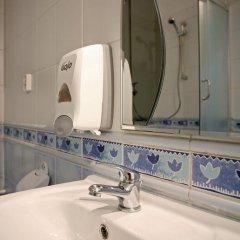Enigma Hotel Apartments 2* Кровать в общем номере фото 7