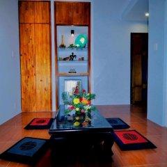 Отель Starfruit Homestay Hoi An 2* Стандартный семейный номер с двуспальной кроватью фото 3