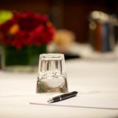 Отель Opus Hotel Канада, Ванкувер - отзывы, цены и фото номеров - забронировать отель Opus Hotel онлайн питание фото 3