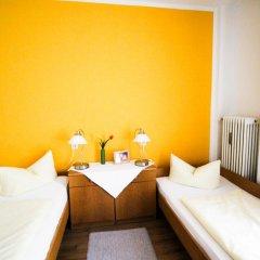 Отель Pension/Guesthouse am Hauptbahnhof Стандартный номер с двуспальной кроватью (общая ванная комната) фото 4