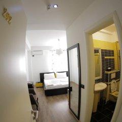 Отель Cocoon Hotel & Lounge Албания, Тирана - отзывы, цены и фото номеров - забронировать отель Cocoon Hotel & Lounge онлайн комната для гостей фото 5