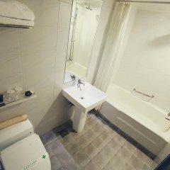 New Kukje Hotel ванная