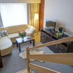 Отель Rezydencja Sienkiewiczówka 3* Апартаменты с различными типами кроватей фото 9