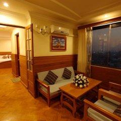 Ayarwaddy River View Hotel 3* Люкс с различными типами кроватей фото 5
