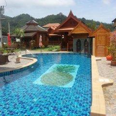 Отель Golden Teak Resort - Baan Sapparot бассейн фото 2